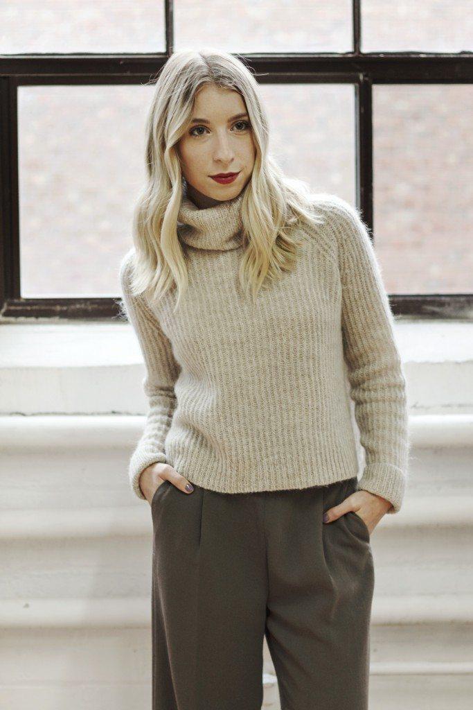 aritzia_loveland_sweater_8