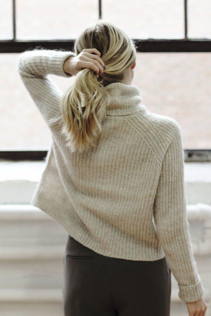 aritzia_loveland_sweater_9