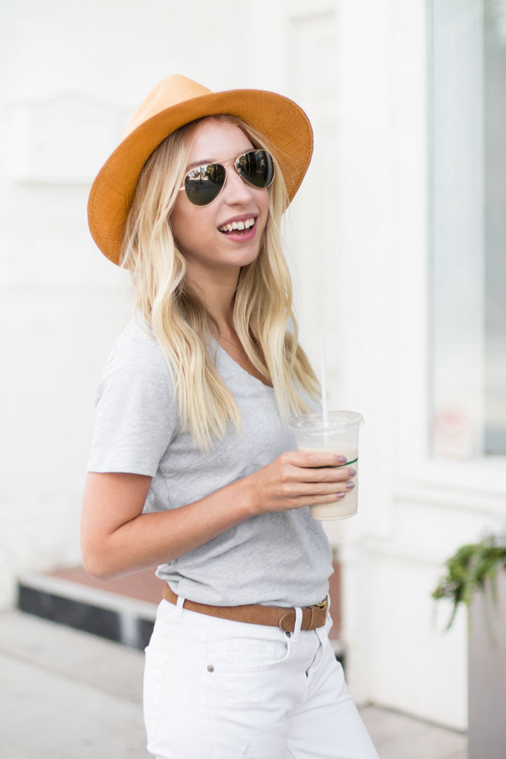 tshirt-and-jeans-outfit-3