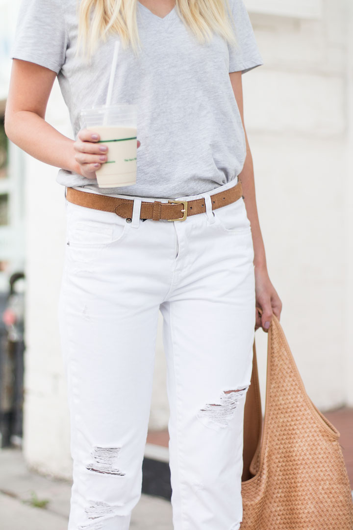 tshirt-and-jeans-outfit-6
