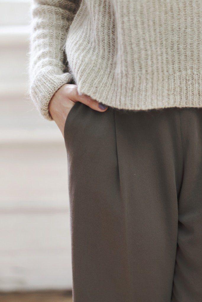 aritzia_loveland_sweater_3