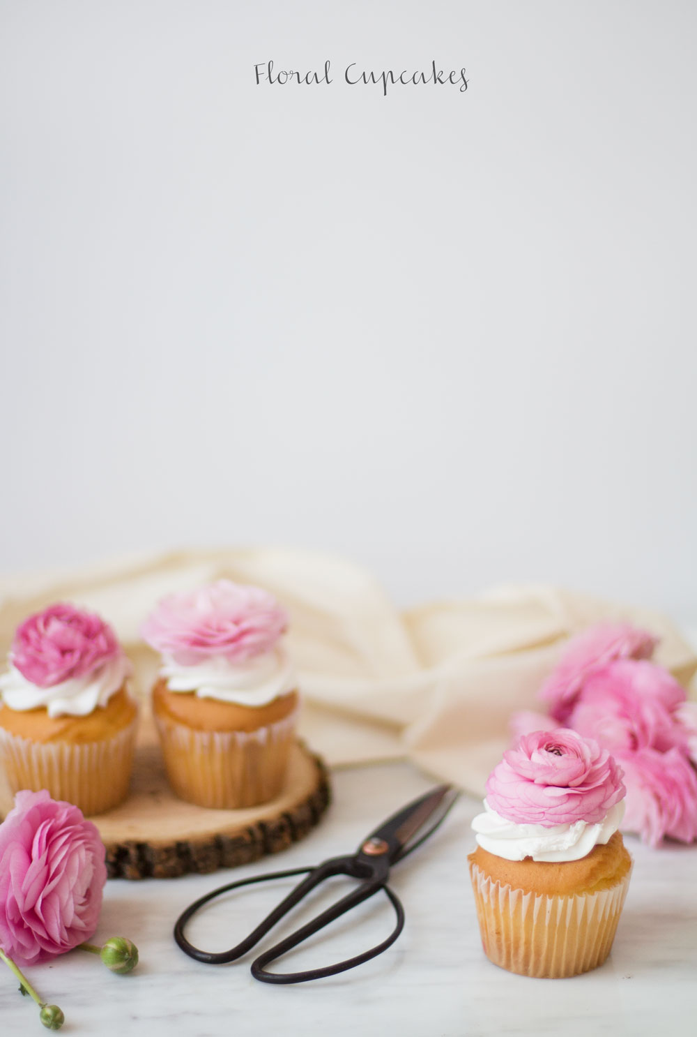 floral-cupcakes-1