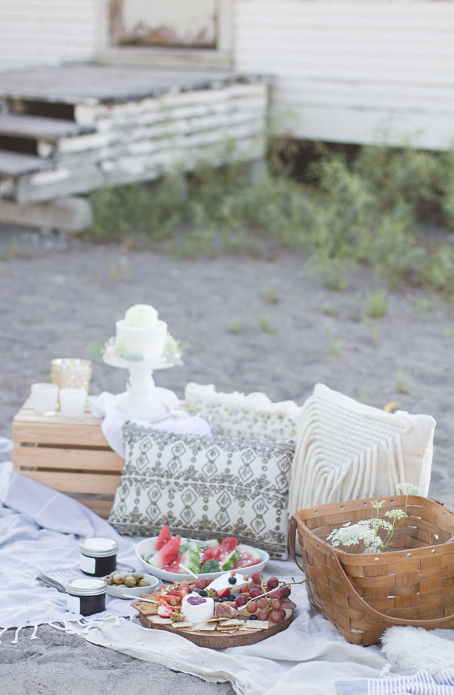how-to-host-a-picnic-1