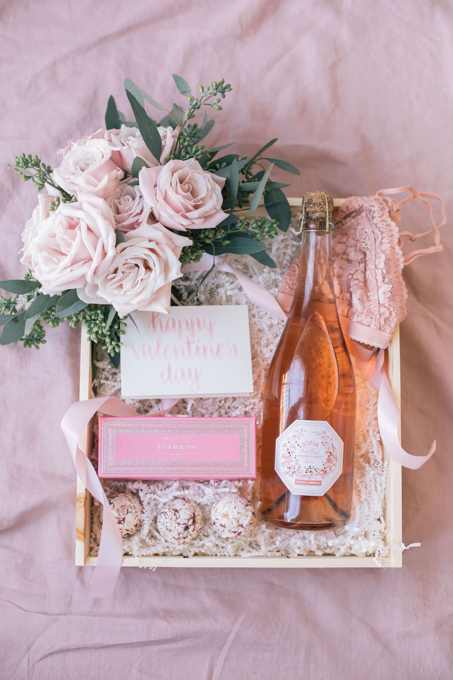 The Prettiest Diy Valentine S Day Gift Box The Blondielocks Life