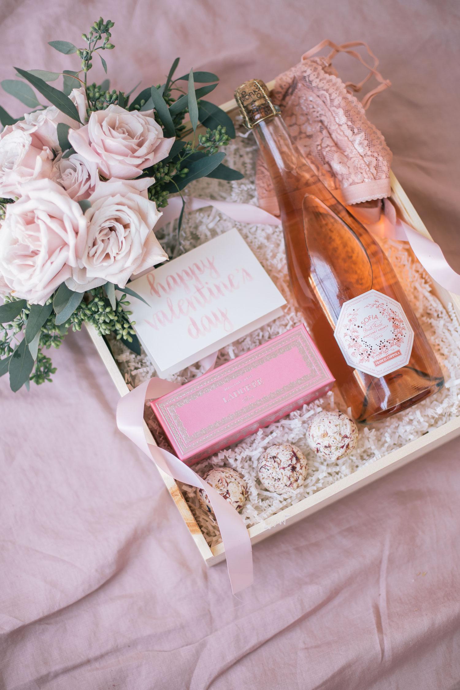 The Prettiest Diy Valentine S Day Gift Box The Blondielocks Life