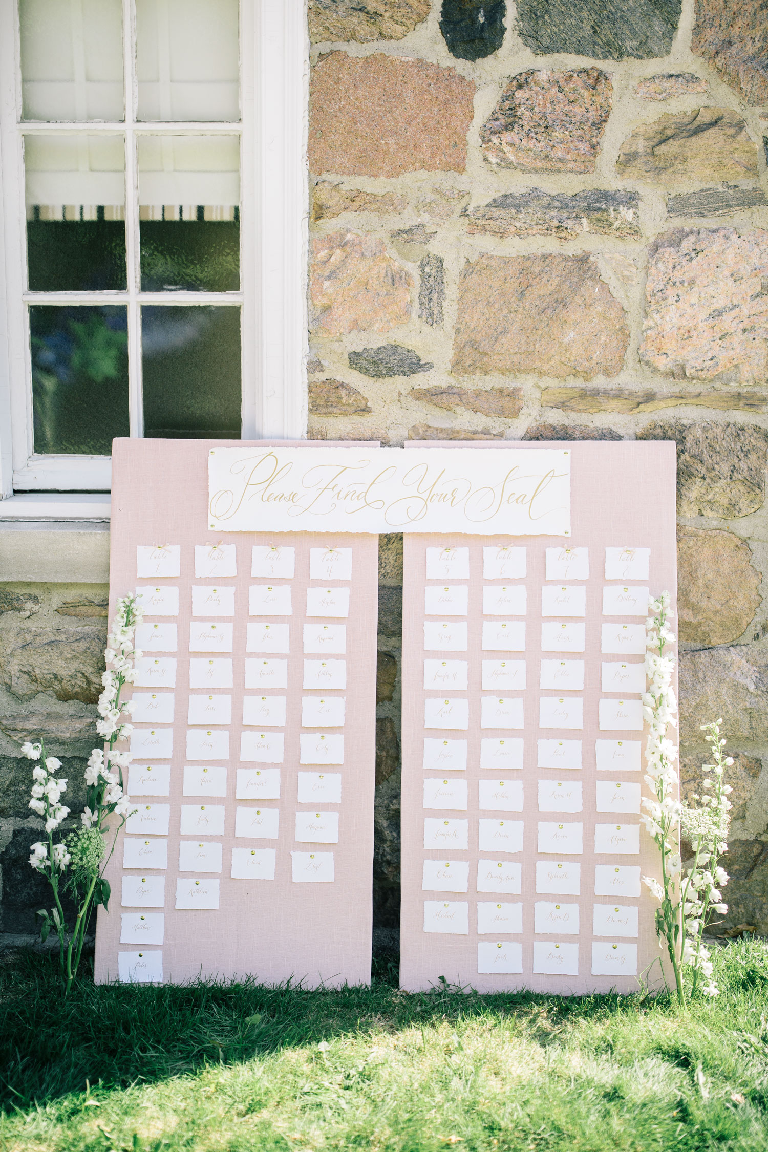My DIY Wedding Seating Chart | The Blondielocks | Life + Style