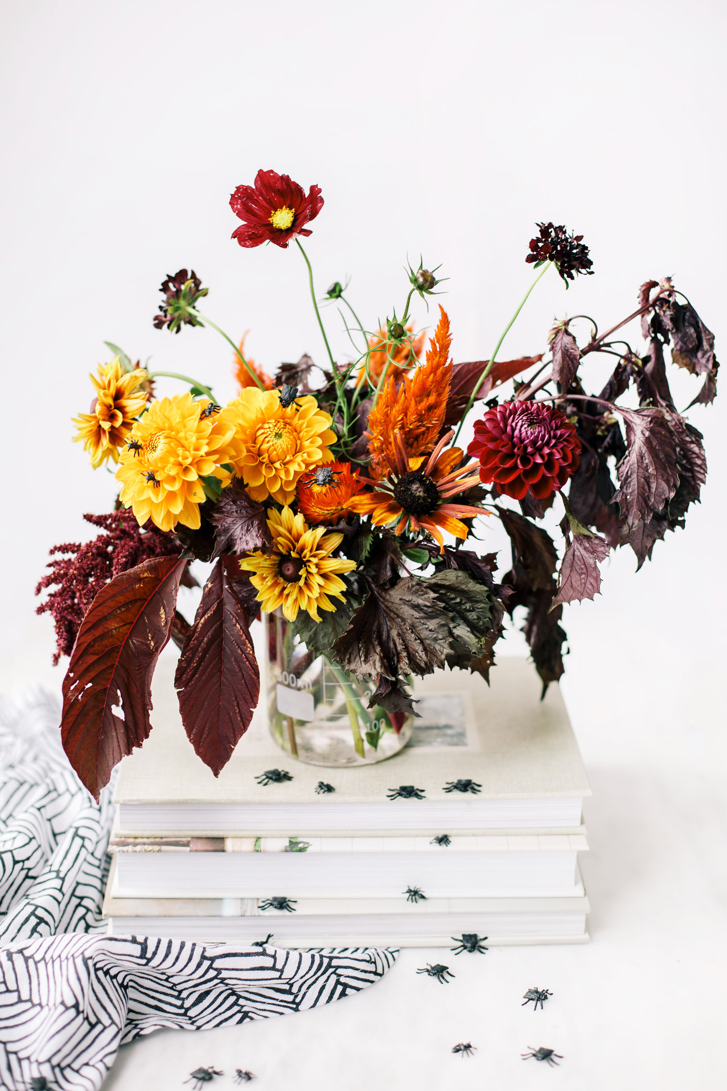 How To Make An Eerie Halloween Flower Arrangement The Blondielocks Life Style